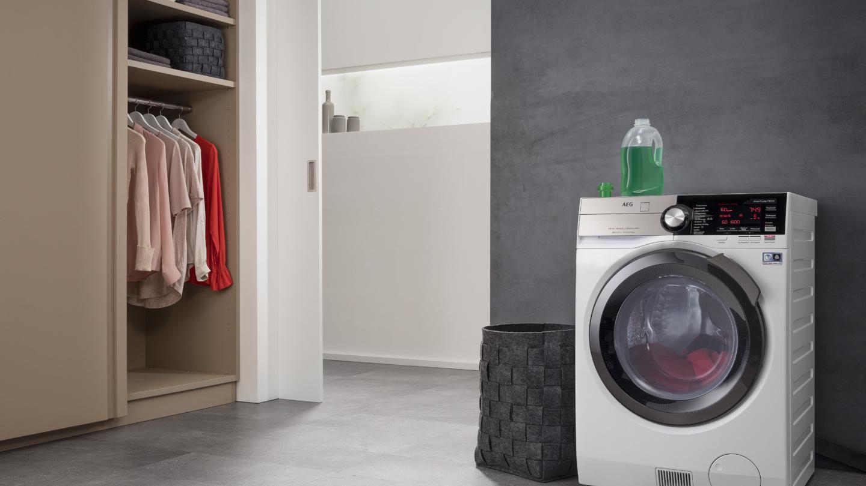 AEG Oeko Kombi Waschtrockner 2 1440x810 c